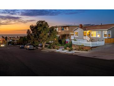 Photo one of 4568 Newport Ave San Diego CA 92107 | MLS 180007998