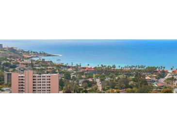 Photo one of 7940 Costebelle Way San Diego CA 92037 | MLS 180013055