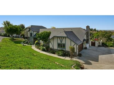 Photo one of 3580 Esterlina Dr Fallbrook CA 92028 | MLS 180019608
