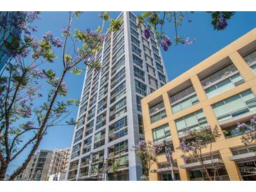 Photo one of 321 10Th Ave # 1401 San Diego CA 92101 | MLS 180019651