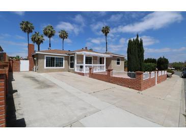Photo one of 4008 Vista Grande Dr San Diego CA 92115 | MLS 180025828