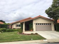 View 935 Crescent Bnd Fallbrook CA