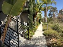 View 7857 Stylus San Diego CA