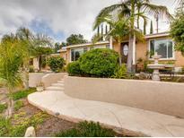 View 1255 Eucalyptus Ave Vista CA